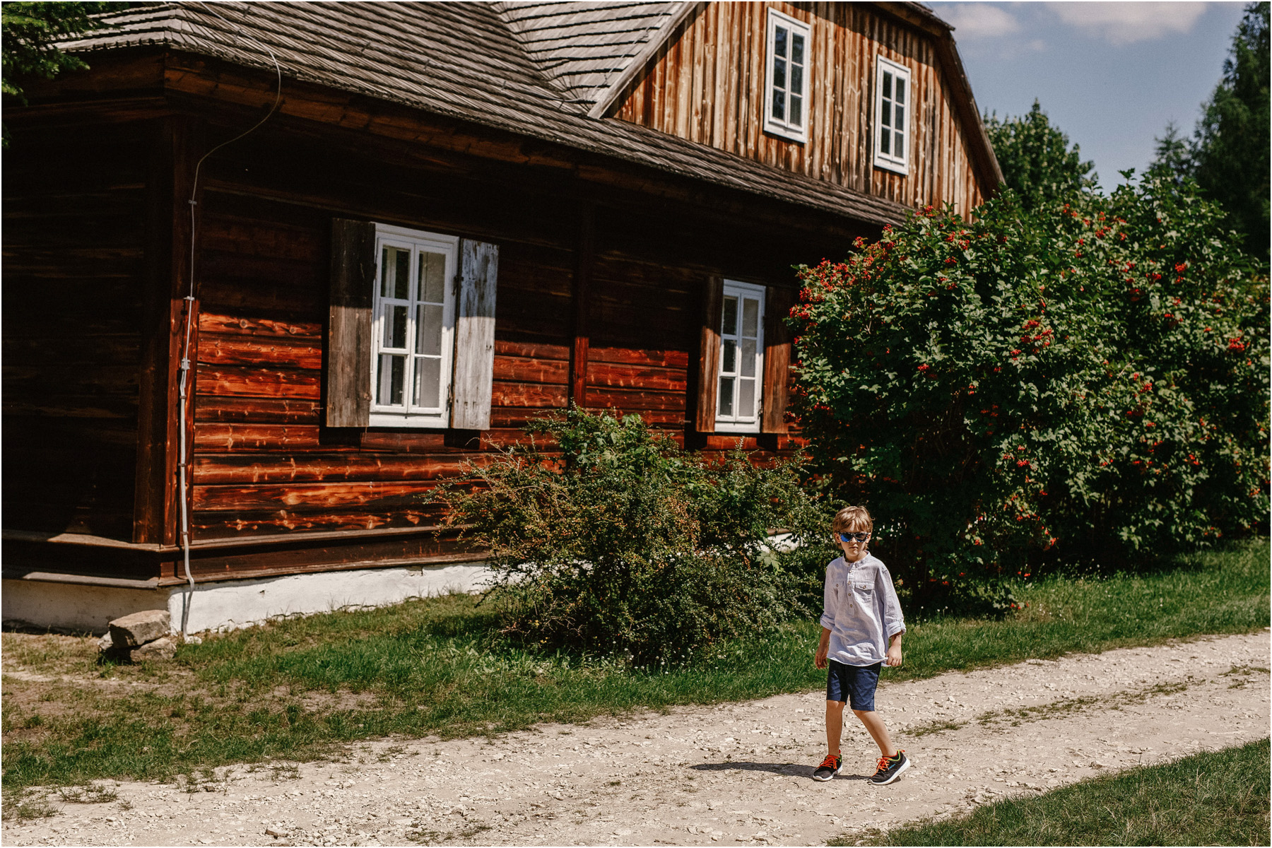 Kamila & Łukasz | ślub plenerowy w skansenie Muzeum Wsi Kieleckiej 20