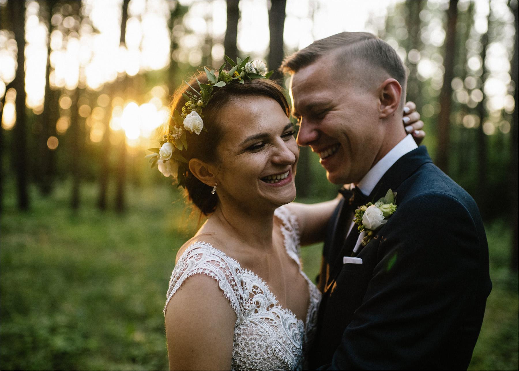 Ewa & Mateusz | leśny ślub w Uroczysku 70