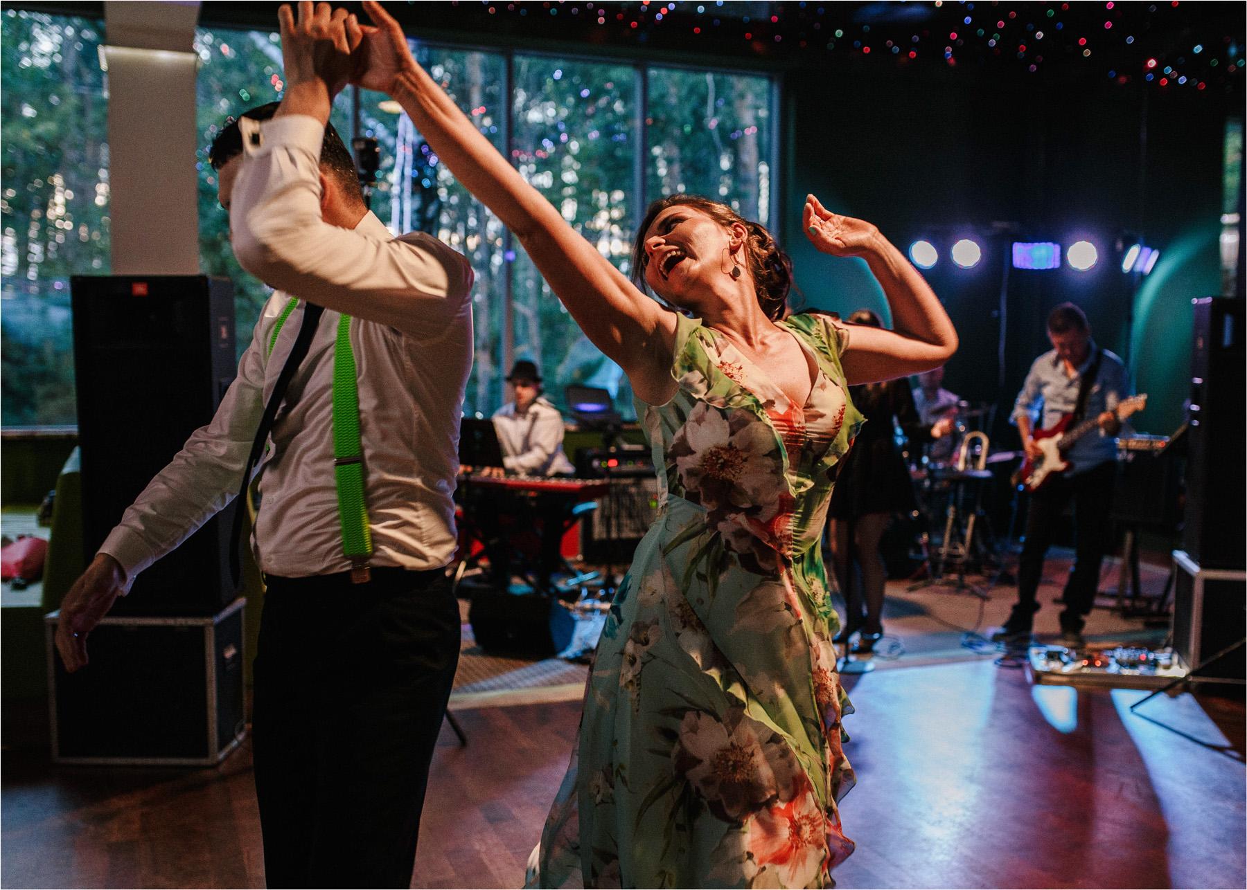 Ewa & Mateusz | leśny ślub w Uroczysku 78