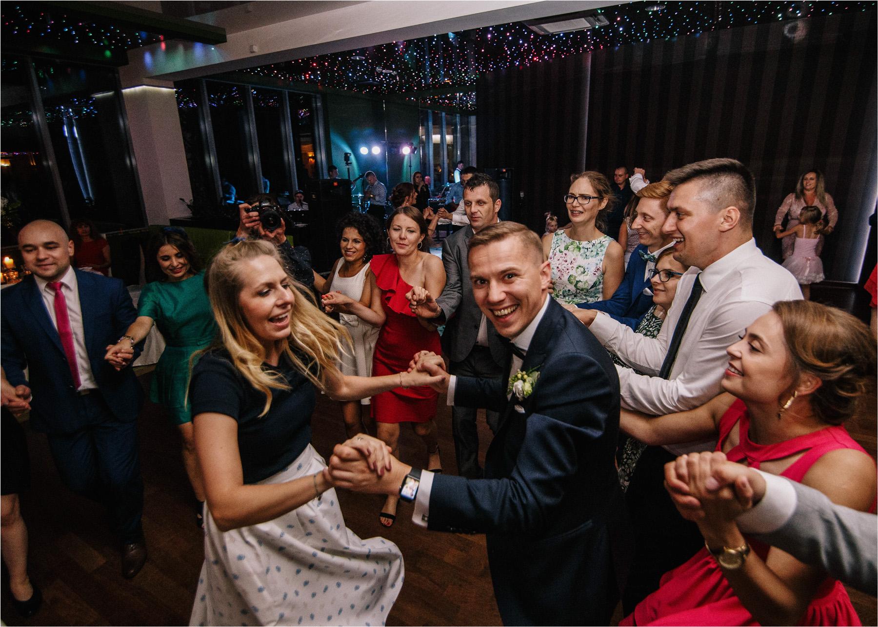 Ewa & Mateusz | leśny ślub w Uroczysku 81