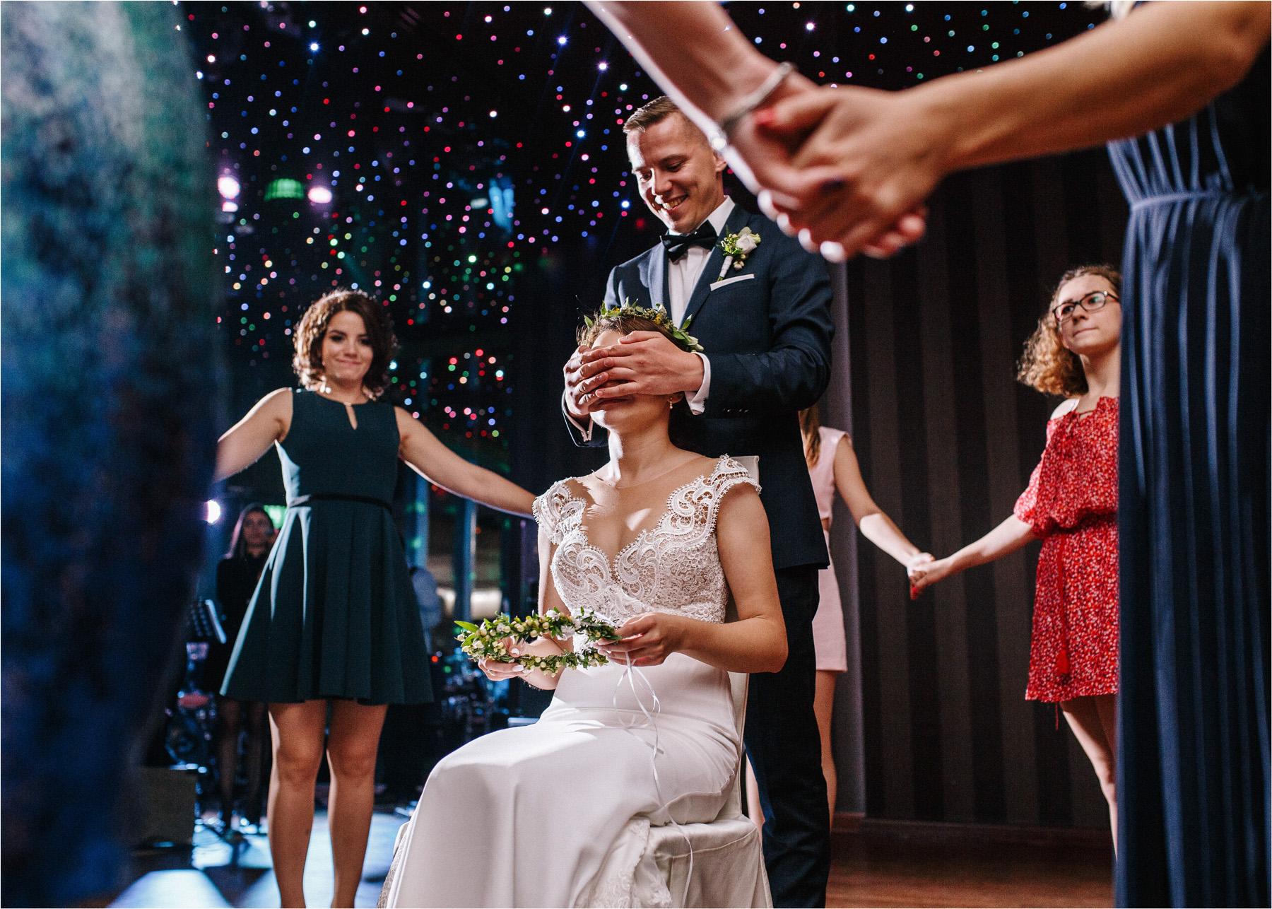 Ewa & Mateusz | leśny ślub w Uroczysku 90