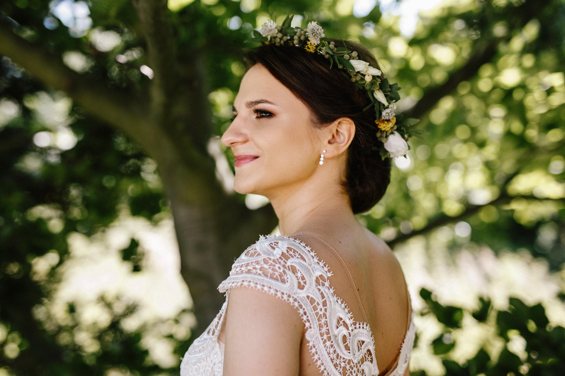 Ewa & Mateusz | leśny ślub w Uroczysku 33