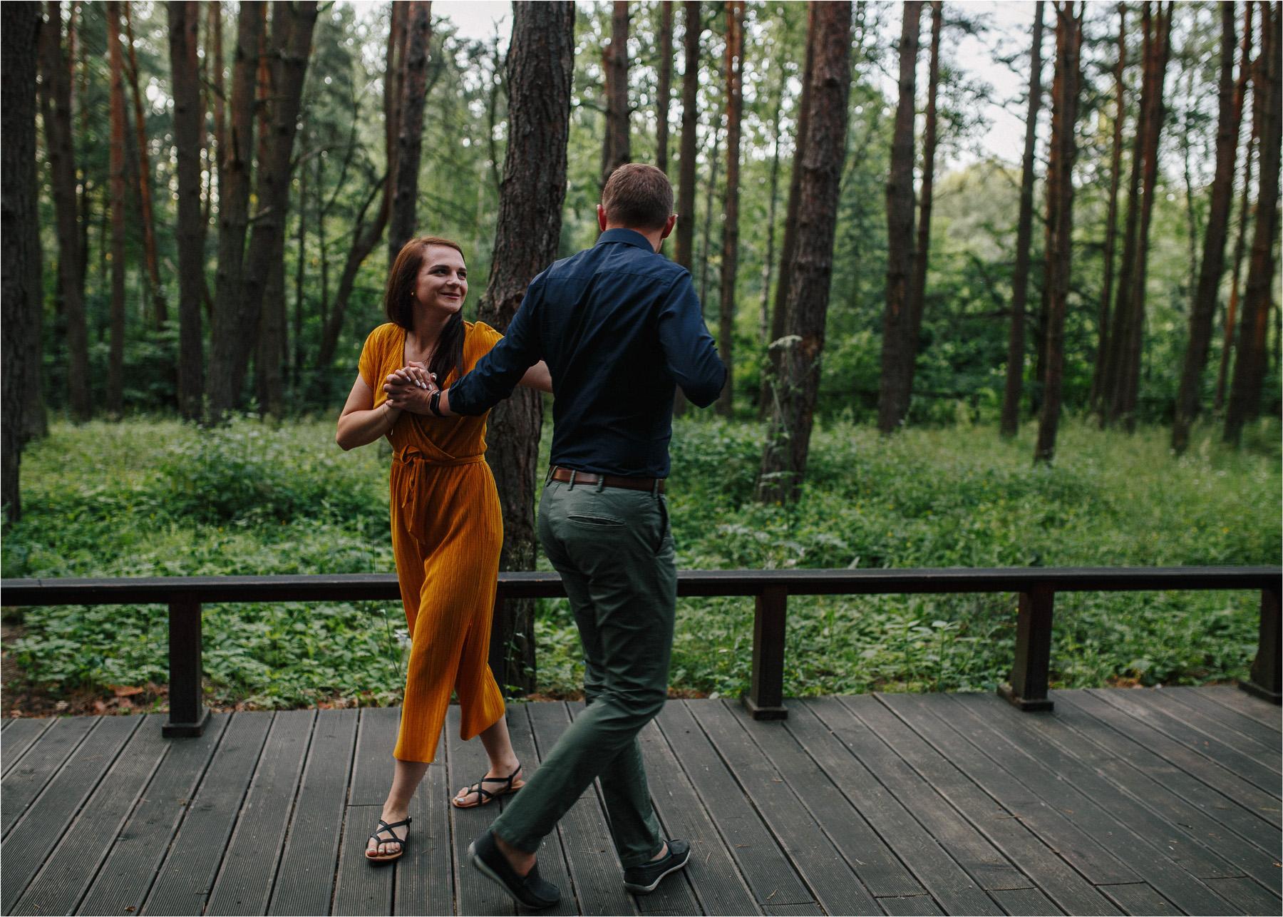 Ewa & Mateusz | leśny ślub w Uroczysku 9