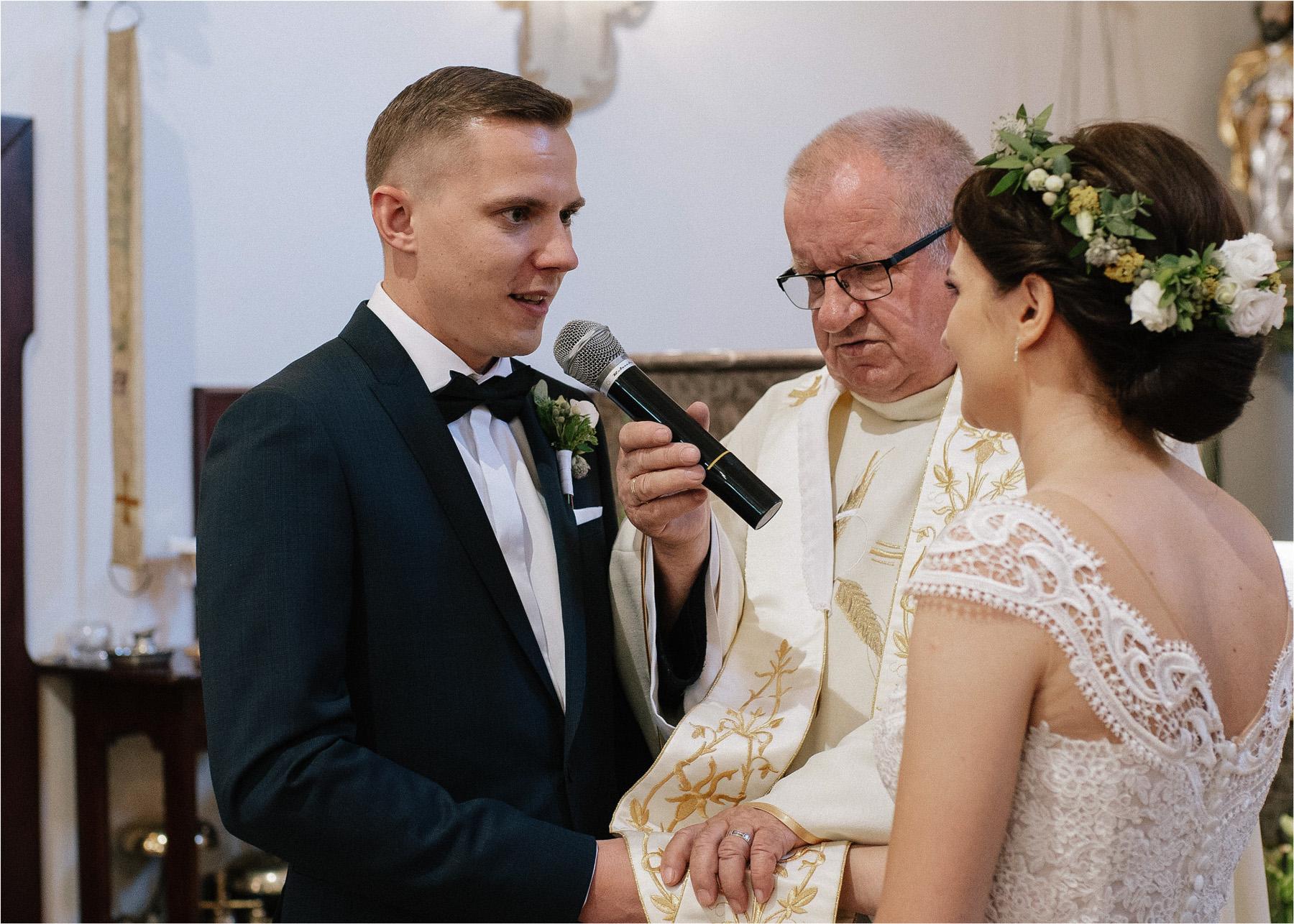 Ewa & Mateusz | leśny ślub w Uroczysku 50