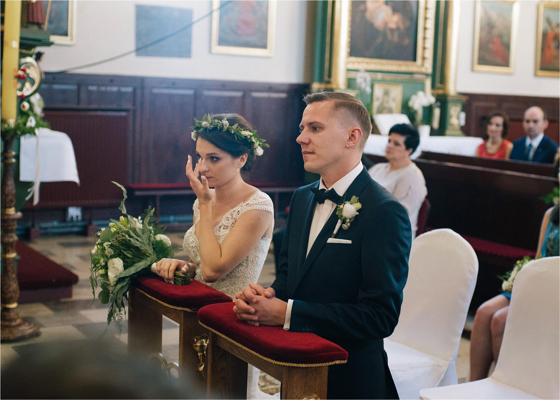 Ewa & Mateusz | leśny ślub w Uroczysku 52