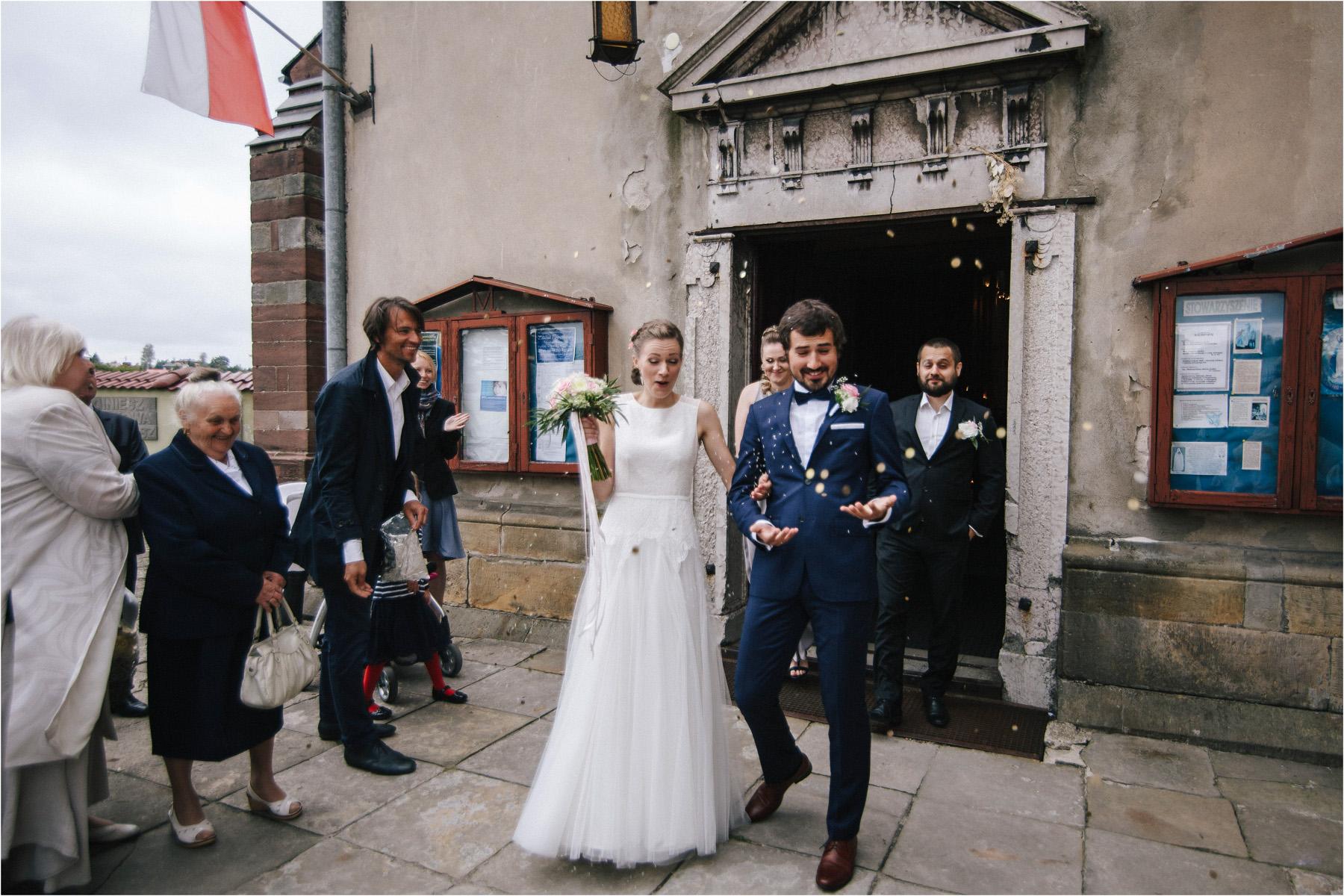 Kasia & Tomek | cystersi i slow wedding w Sabatówce 39