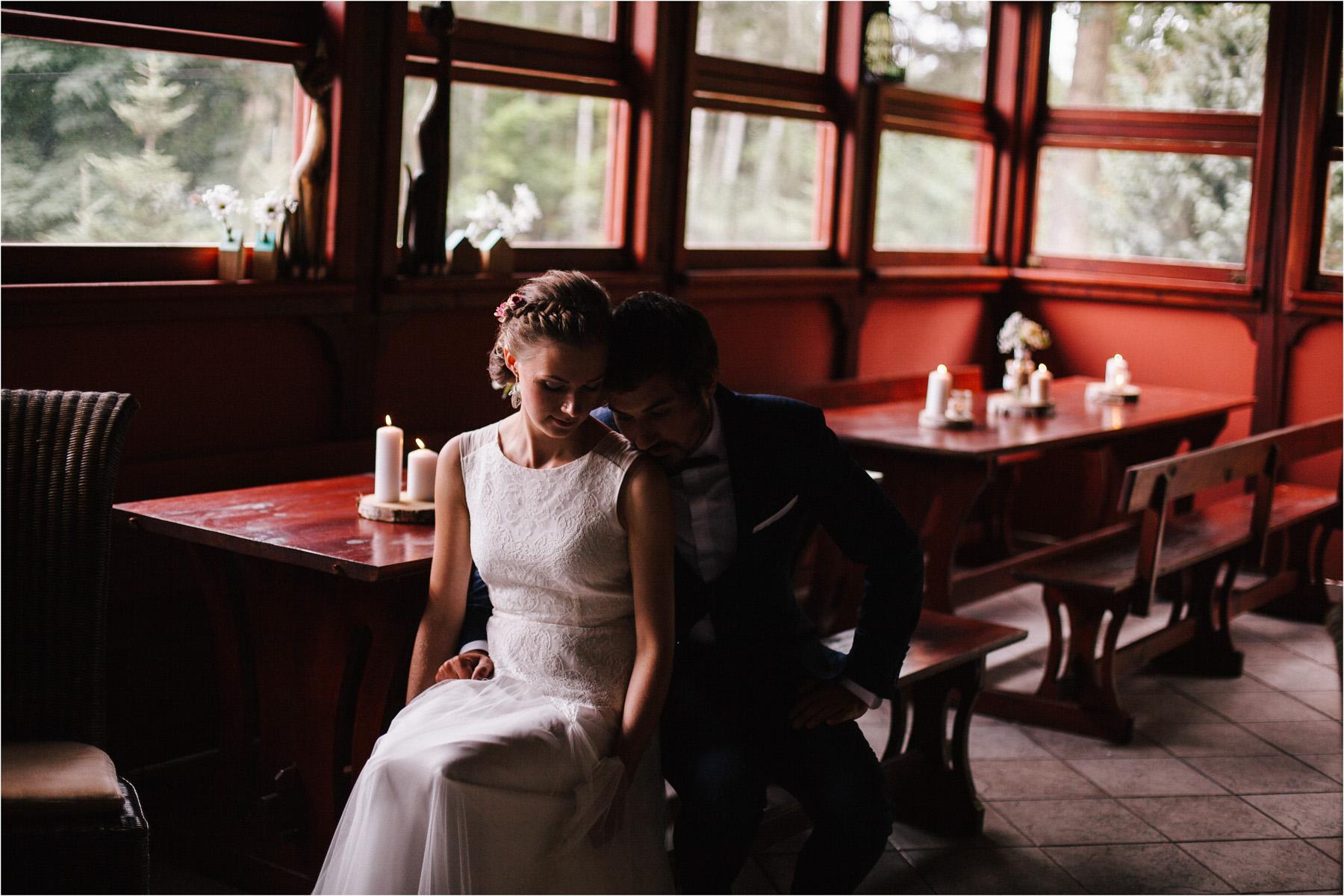 Kasia & Tomek | cystersi i slow wedding w Sabatówce 53