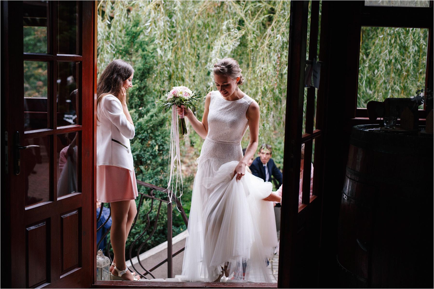 Kasia & Tomek | cystersi i slow wedding w Sabatówce 64