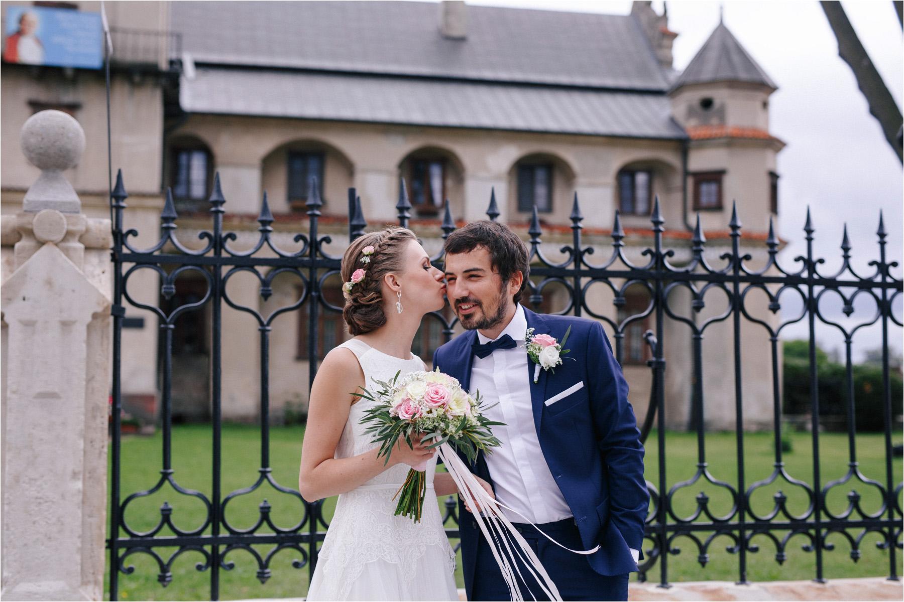 Kasia & Tomek | cystersi i slow wedding w Sabatówce 41