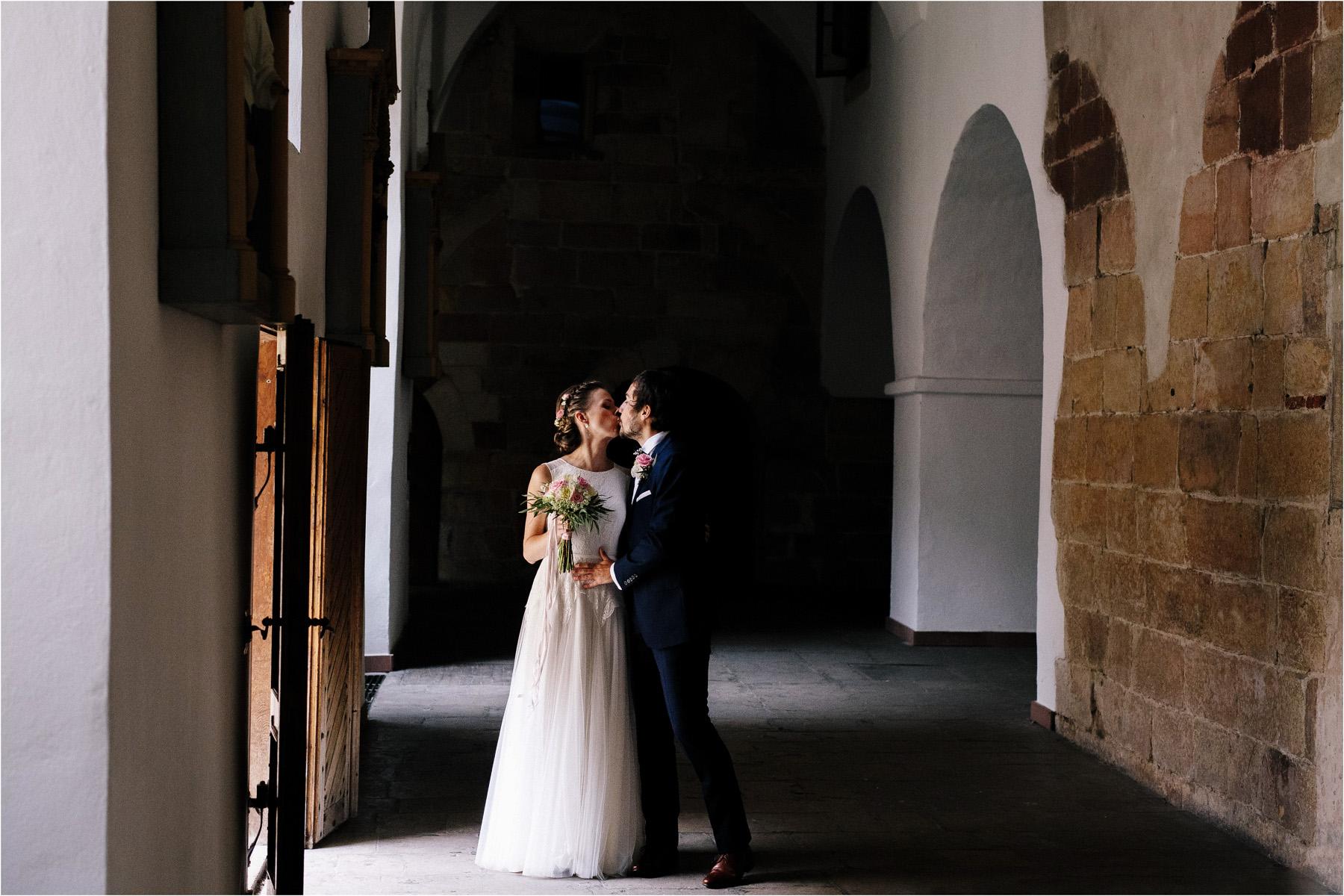 Kasia & Tomek | cystersi i slow wedding w Sabatówce 18