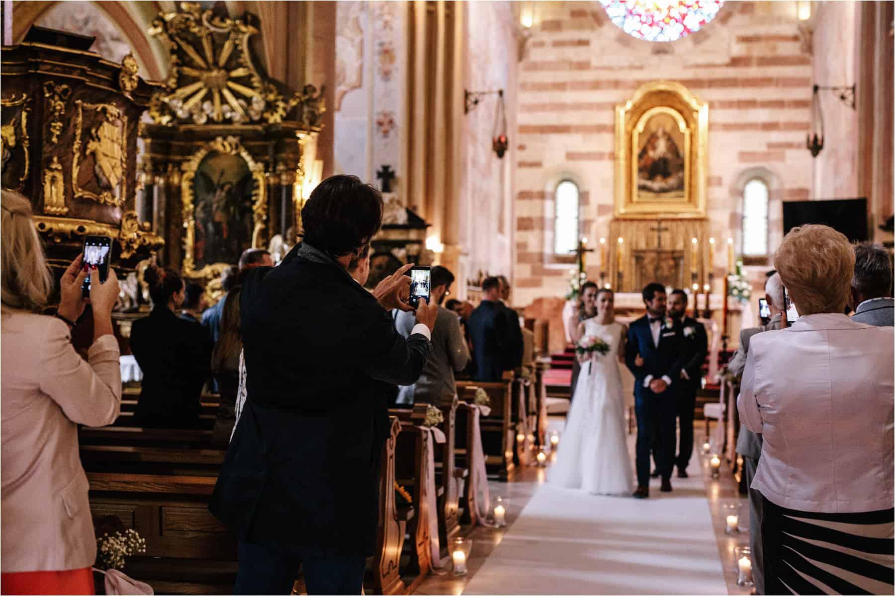 Kasia & Tomek | cystersi i slow wedding w Sabatówce 36