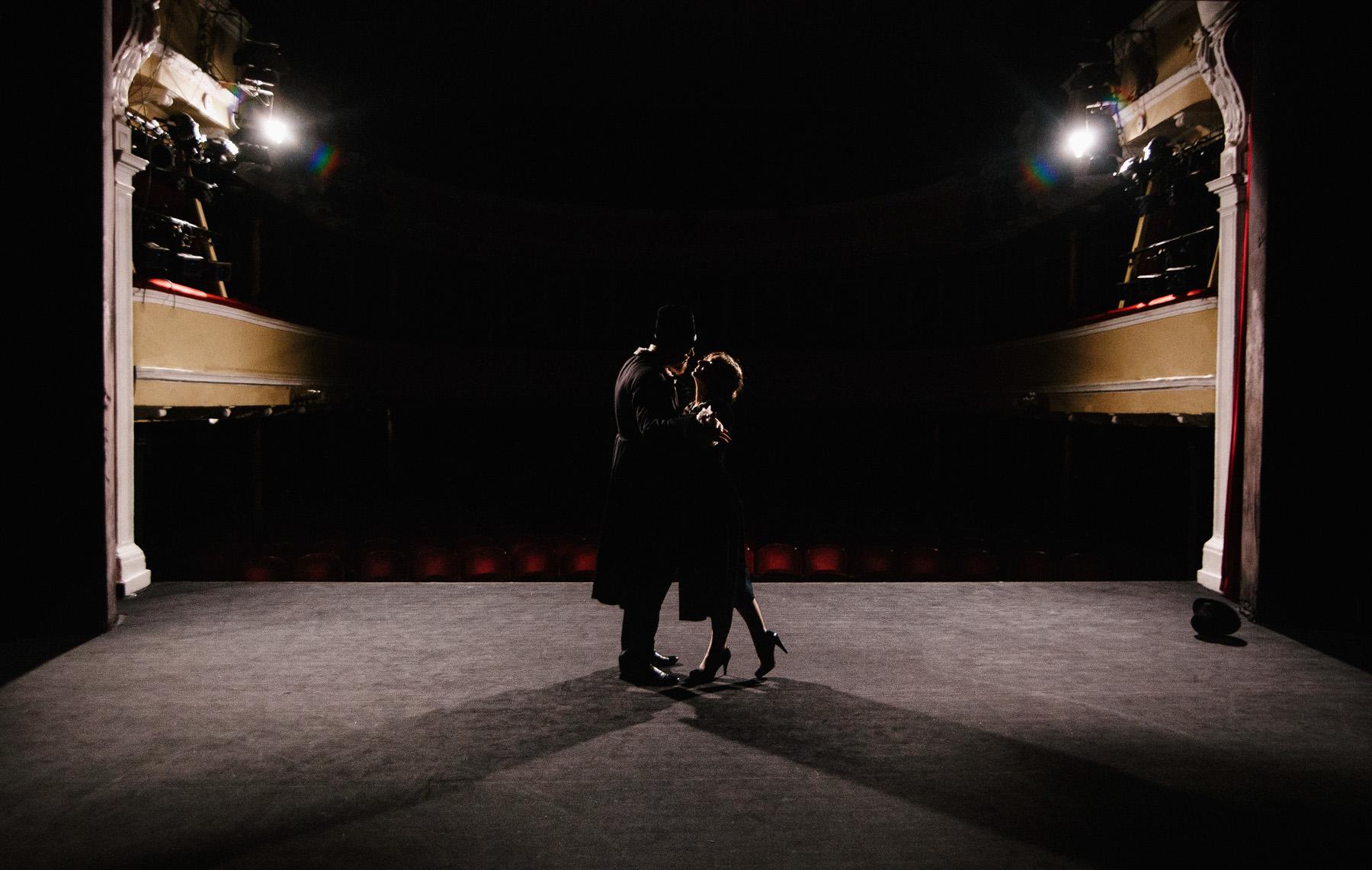Patrycja & Artur | sesja w teatrze 12