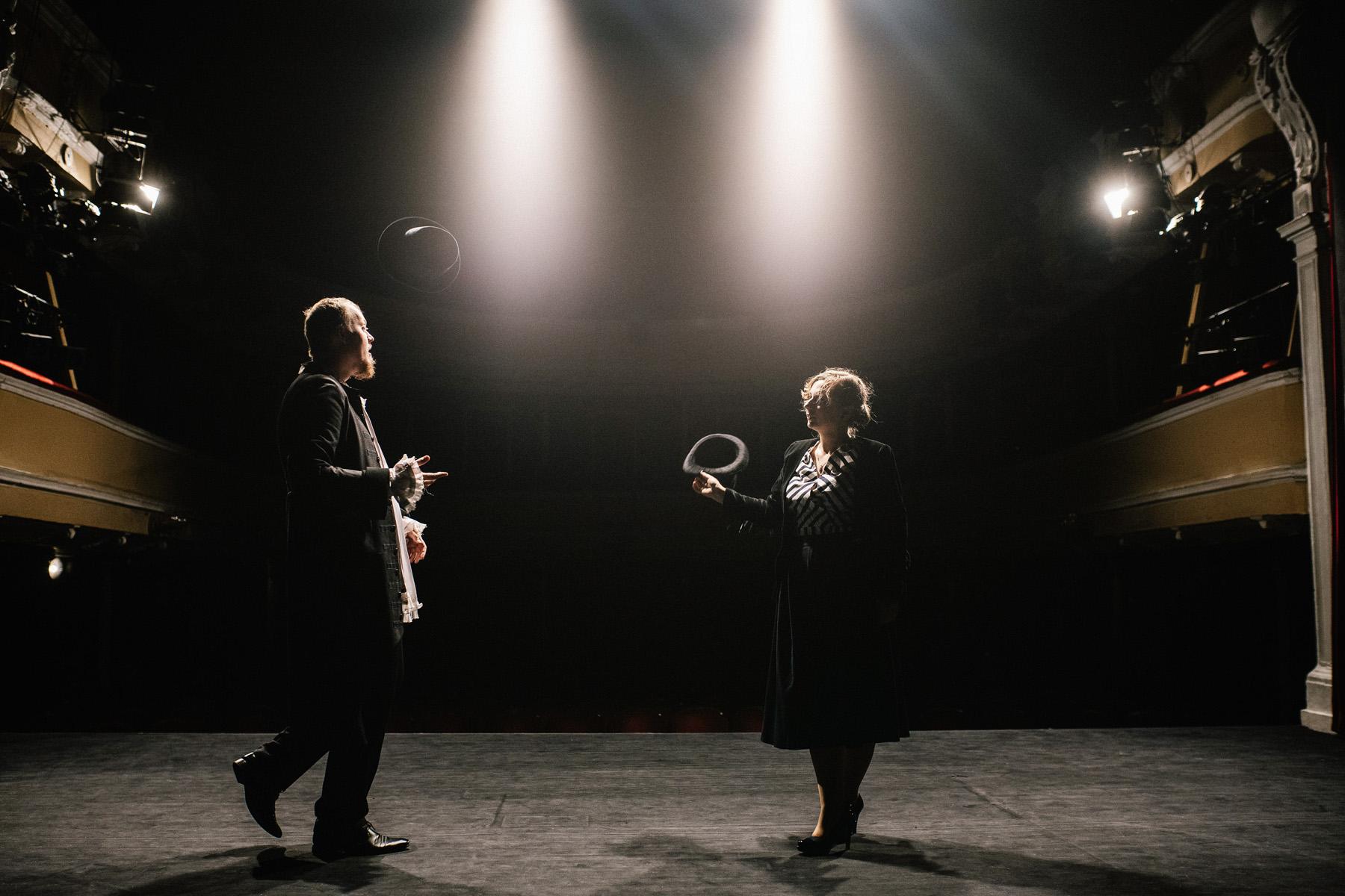 Patrycja & Artur | sesja w teatrze 17