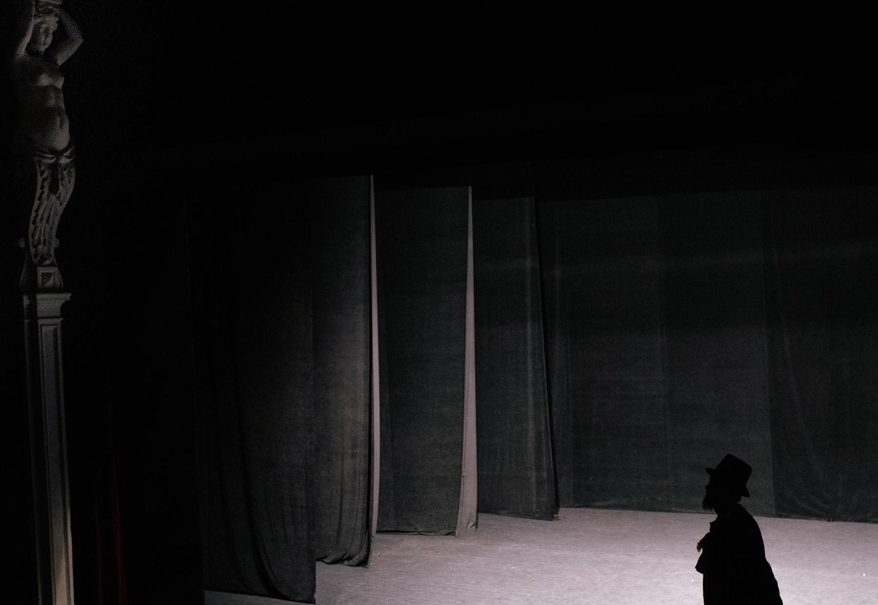 Patrycja & Artur | sesja w teatrze 8