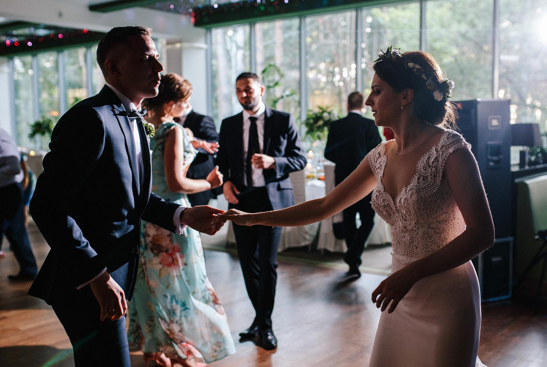 Ewa & Mateusz | leśny ślub w Uroczysku 75