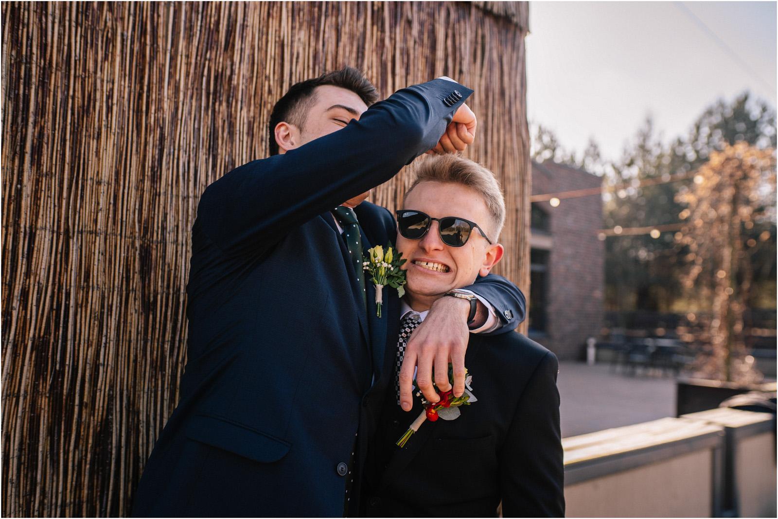 Asia & Krzysiek   rustykalny ślub w Gościńcu za Borem 20