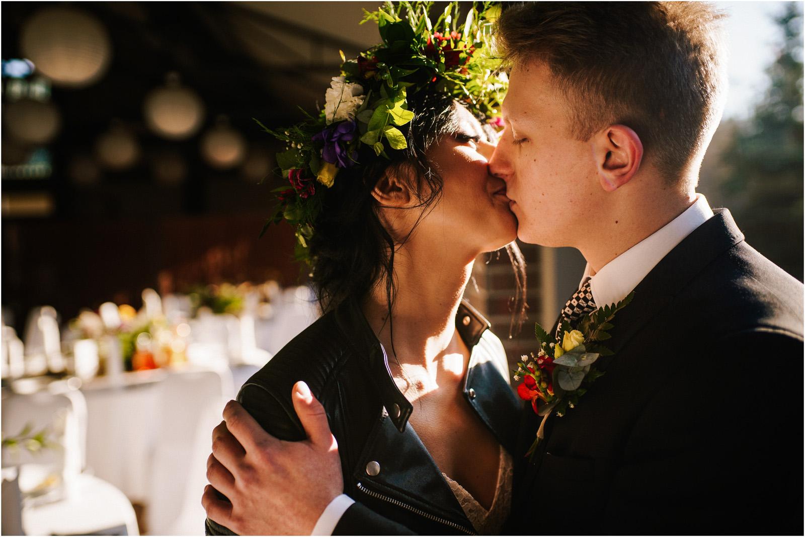 Asia & Krzysiek   rustykalny ślub w Gościńcu za Borem 24