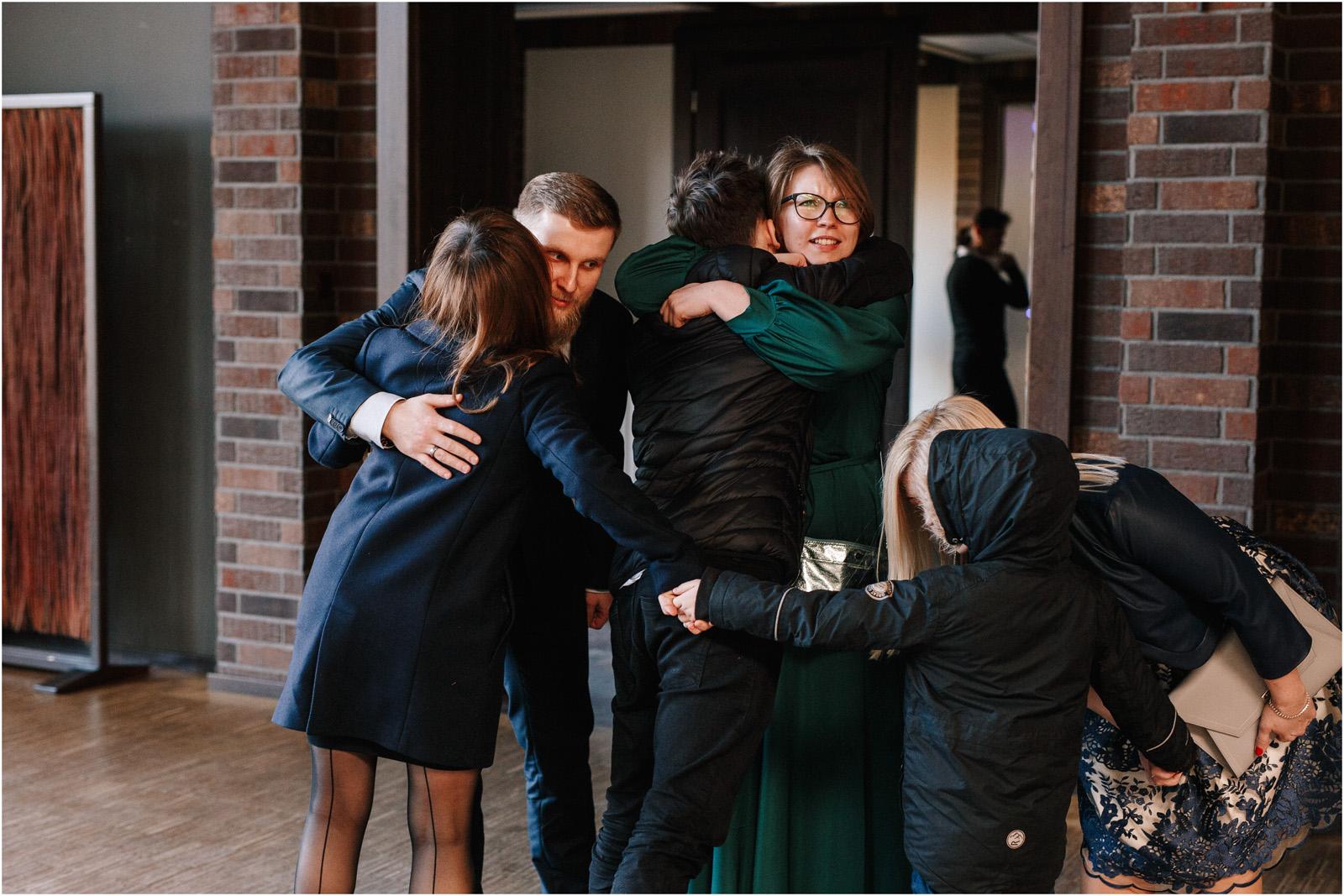 Asia & Krzysiek   rustykalny ślub w Gościńcu za Borem 28