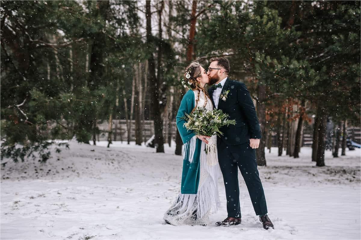 Gosia & Tomek   zimowy ślub w Gościńcu za Borem 8