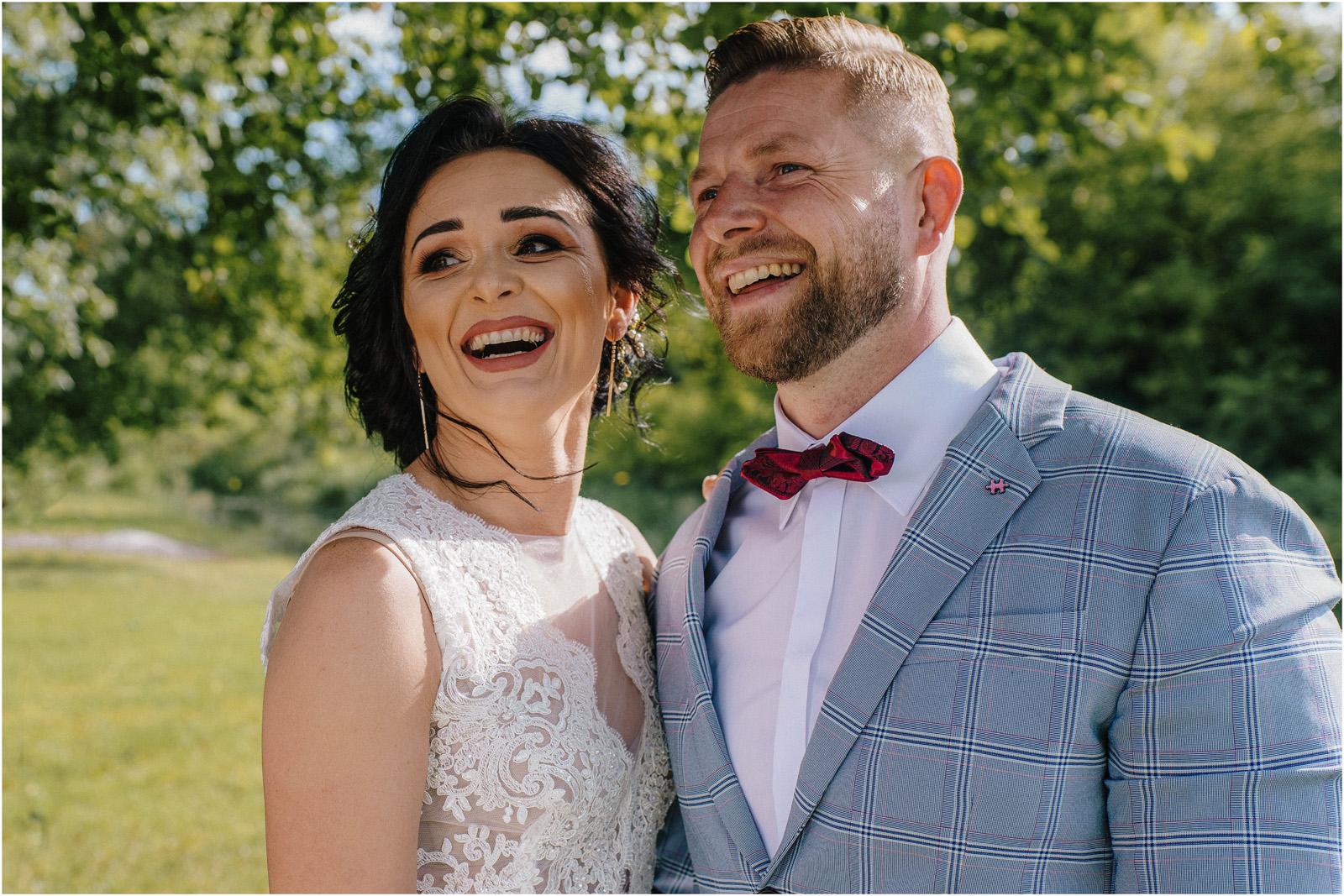 Justyna & Kamil | plenerowy ślub w Bobrowym Dworze 16
