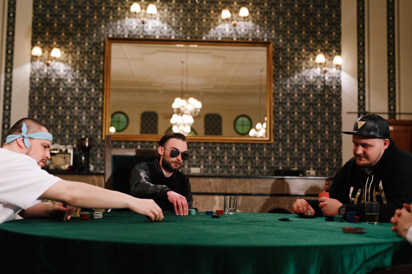 """Nocne rapowanie. Making of teledysku """"Miało się nie udać"""" Jan-rapowanie. 13"""