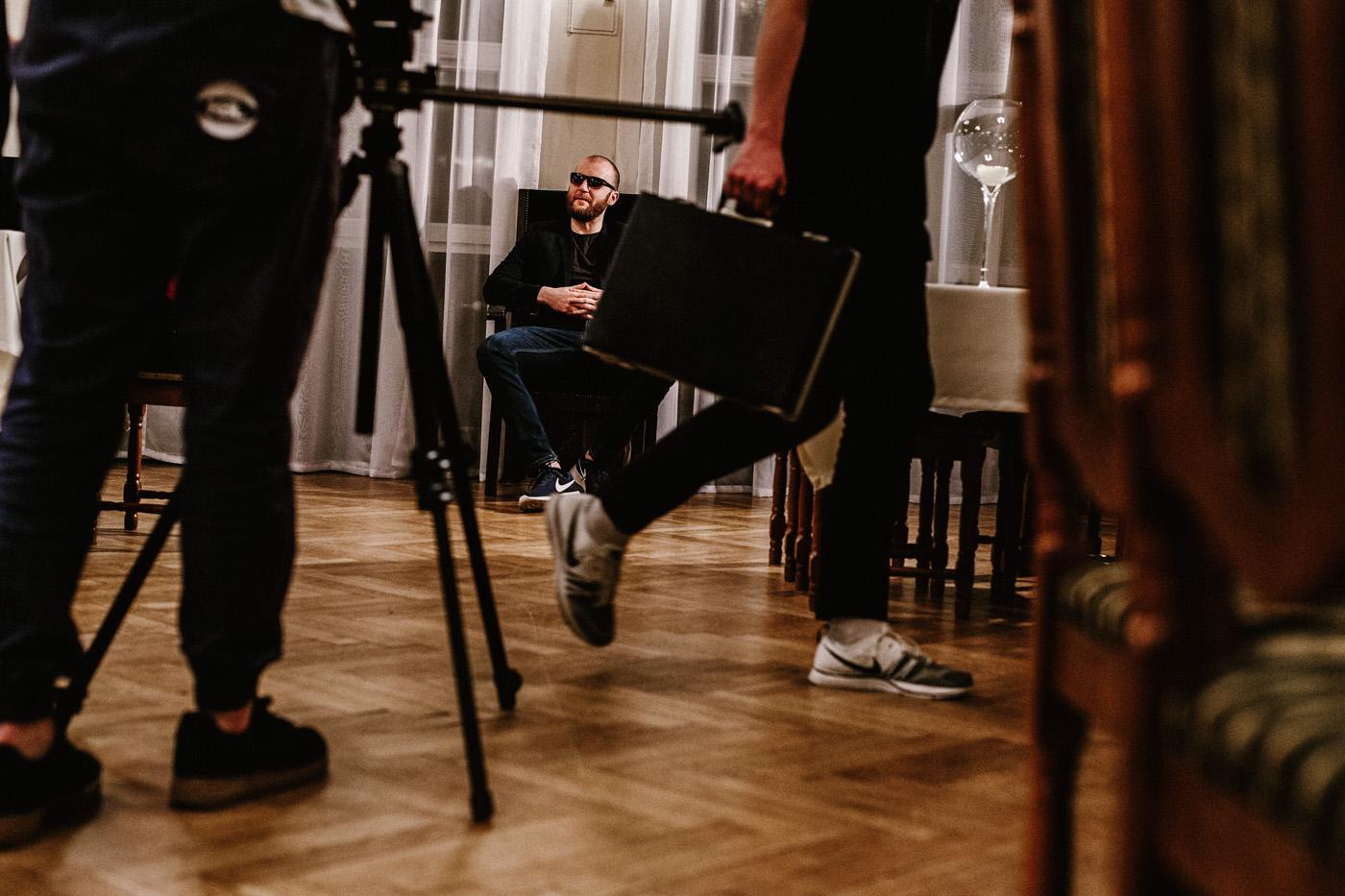 """Nocne rapowanie. Making of teledysku """"Miało się nie udać"""" Jan-rapowanie. 16"""