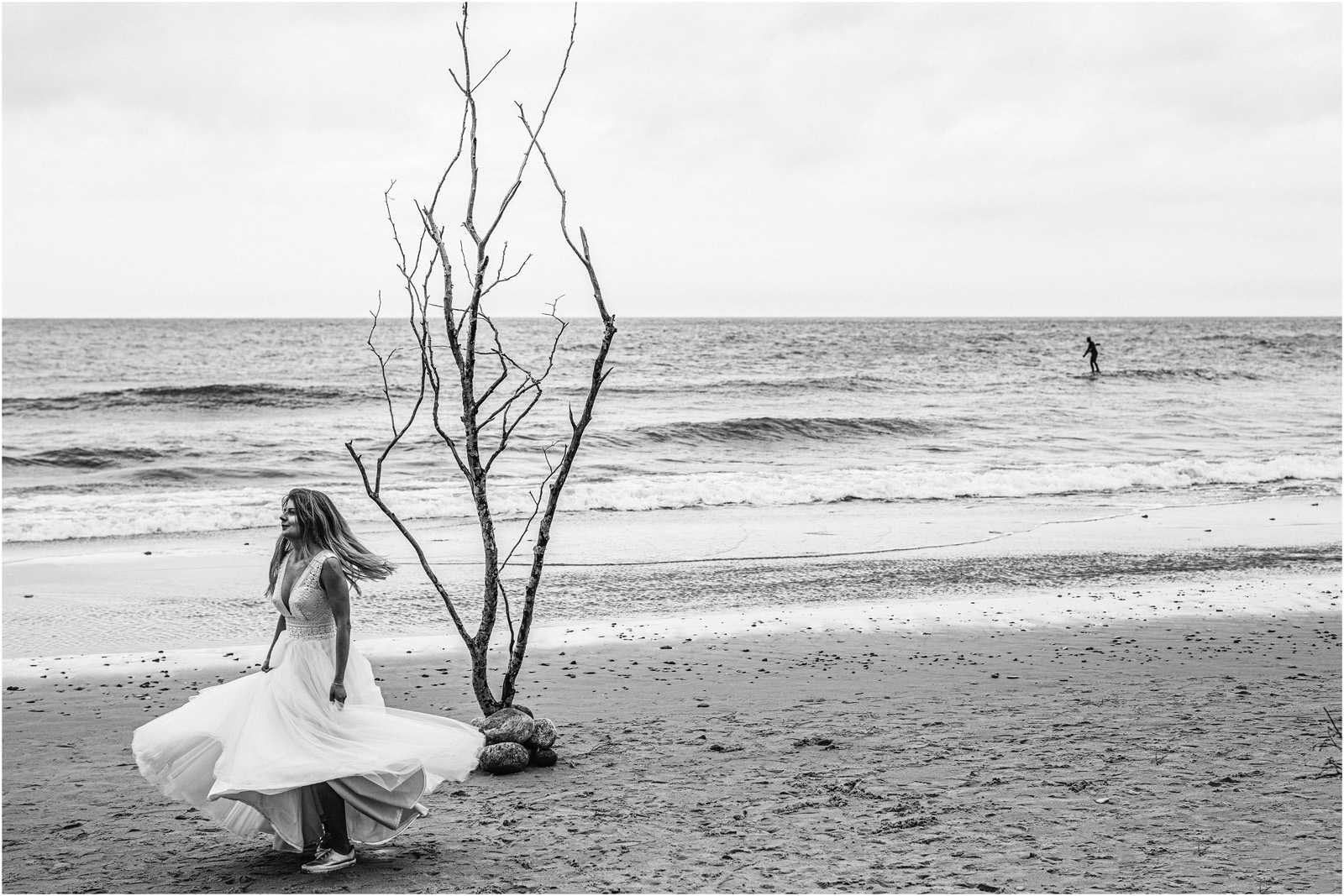 Ania & Szczepan | sesja nad morzem (b&w) 33
