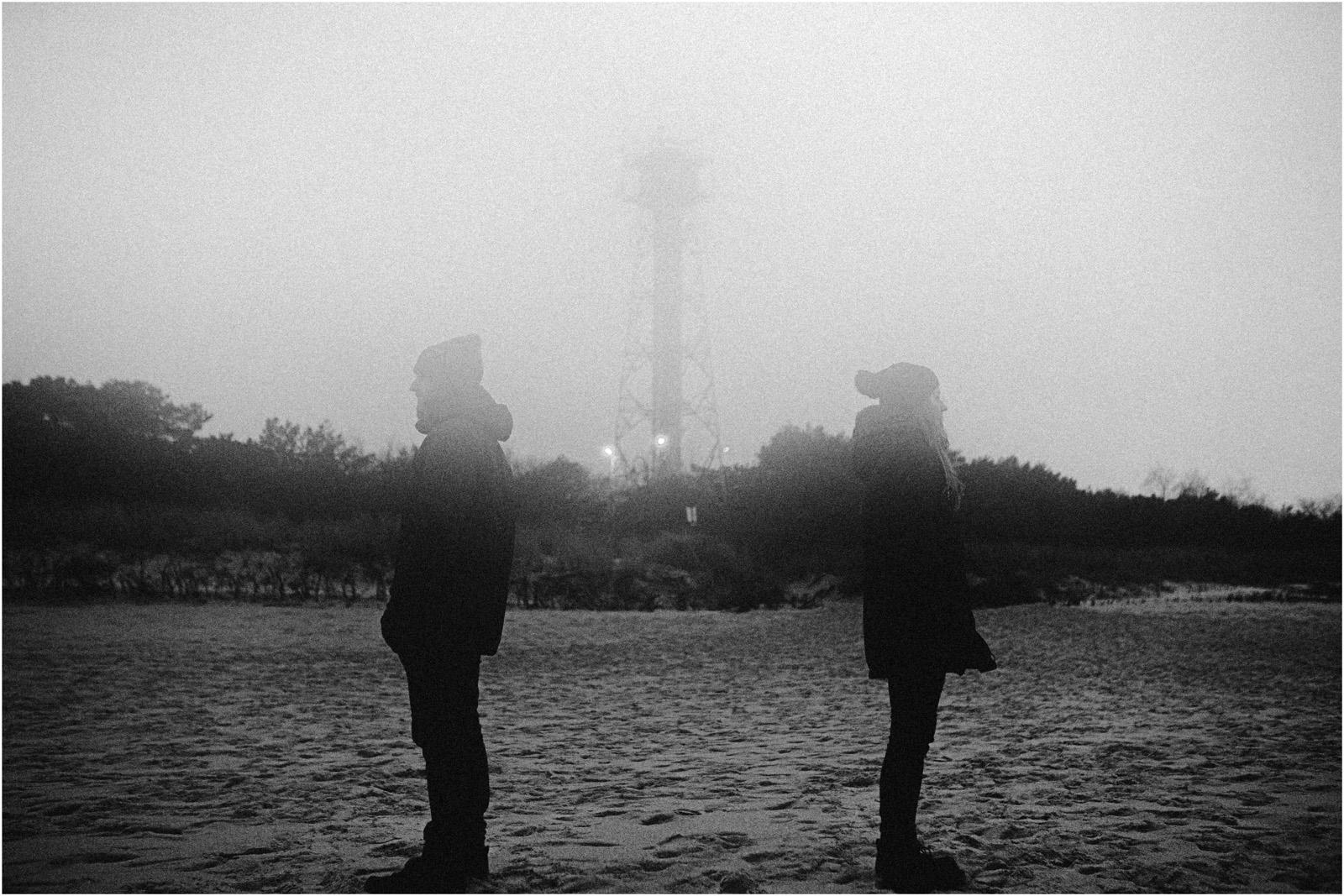 Ania & Szczepan | sesja nad morzem (b&w) 3