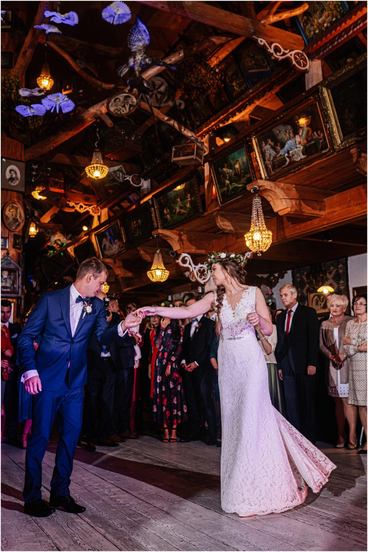 Kasia & Kamil | rustykalny ślub w Folwarku u Różyca 64