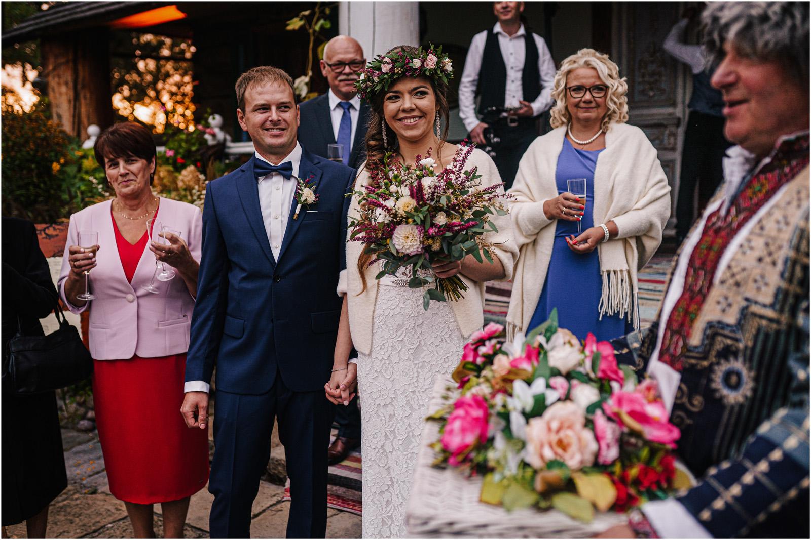Kasia & Kamil | rustykalny ślub w Folwarku u Różyca 39