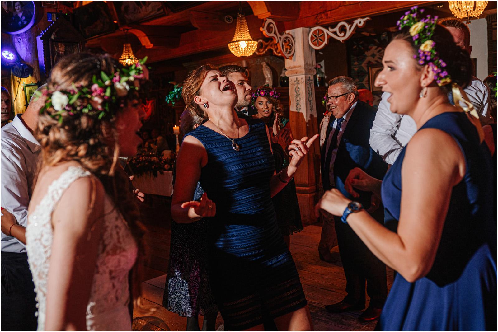 Kasia & Kamil | rustykalny ślub w Folwarku u Różyca 78