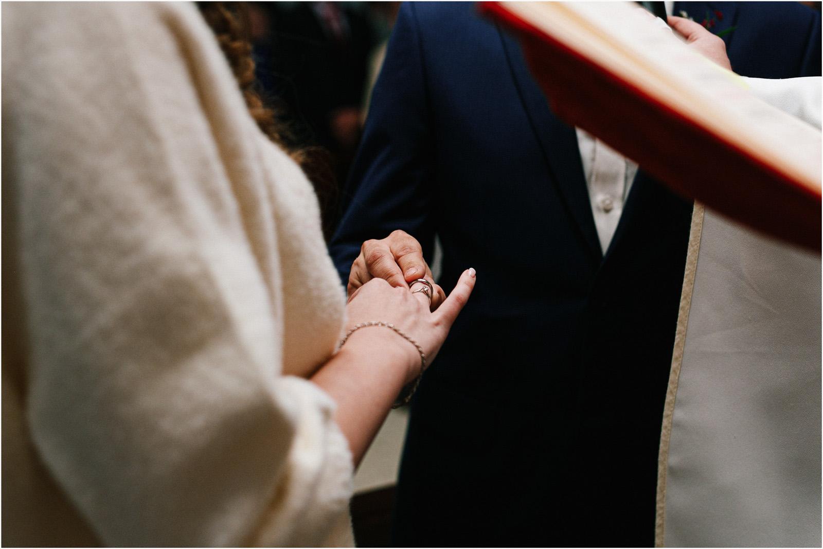 Kasia & Kamil | rustykalny ślub w Folwarku u Różyca 28