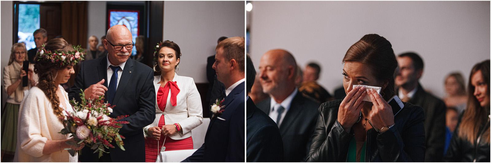 Kasia & Kamil | rustykalny ślub w Folwarku u Różyca 21