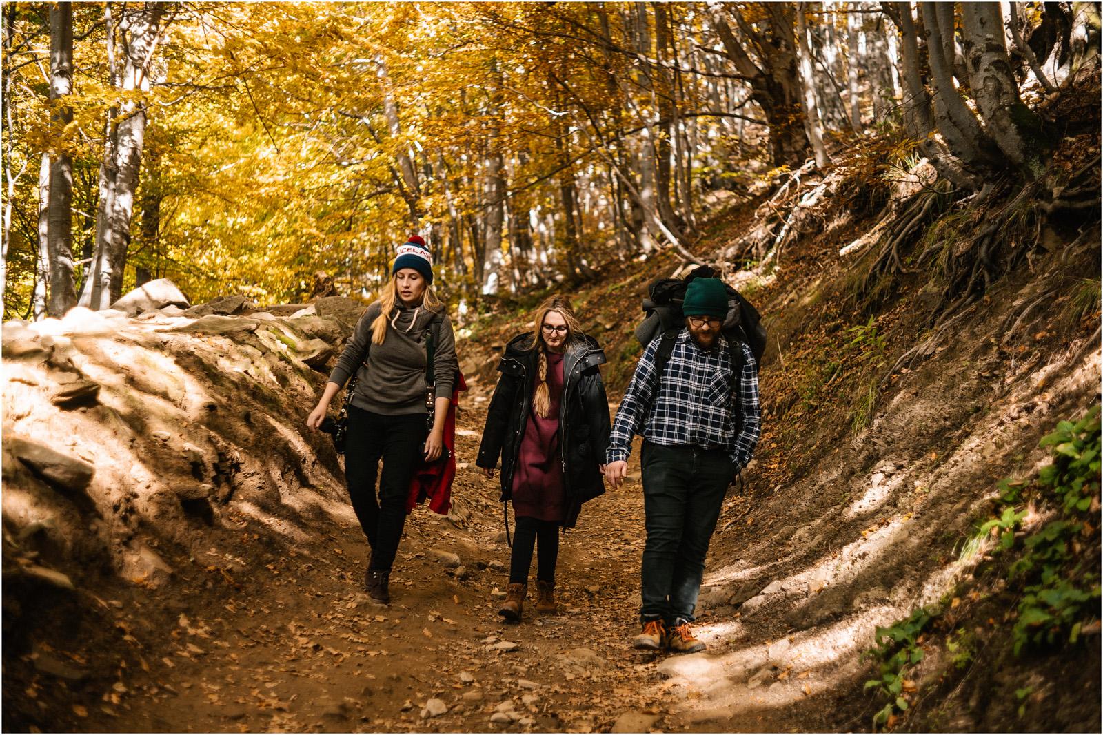 Jesień w Chatce Puchatka, czyli kulisy sesji Gosi i Tomka 74