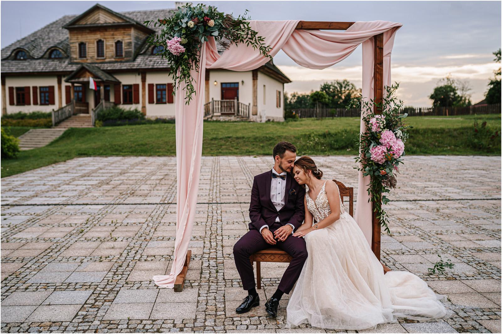 Kasia & Damian   ślub plenerowy w Kuźni Smaków i sesja w skansenie 52