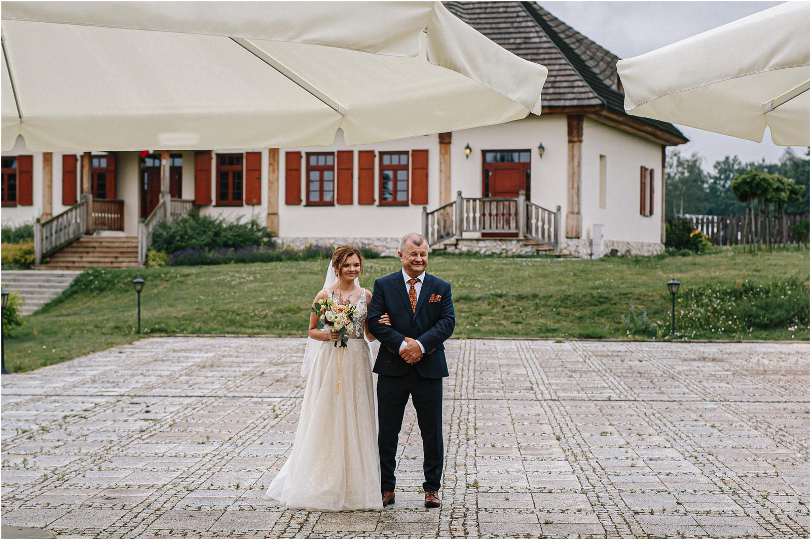 Kasia & Damian   ślub plenerowy w Kuźni Smaków i sesja w skansenie 27