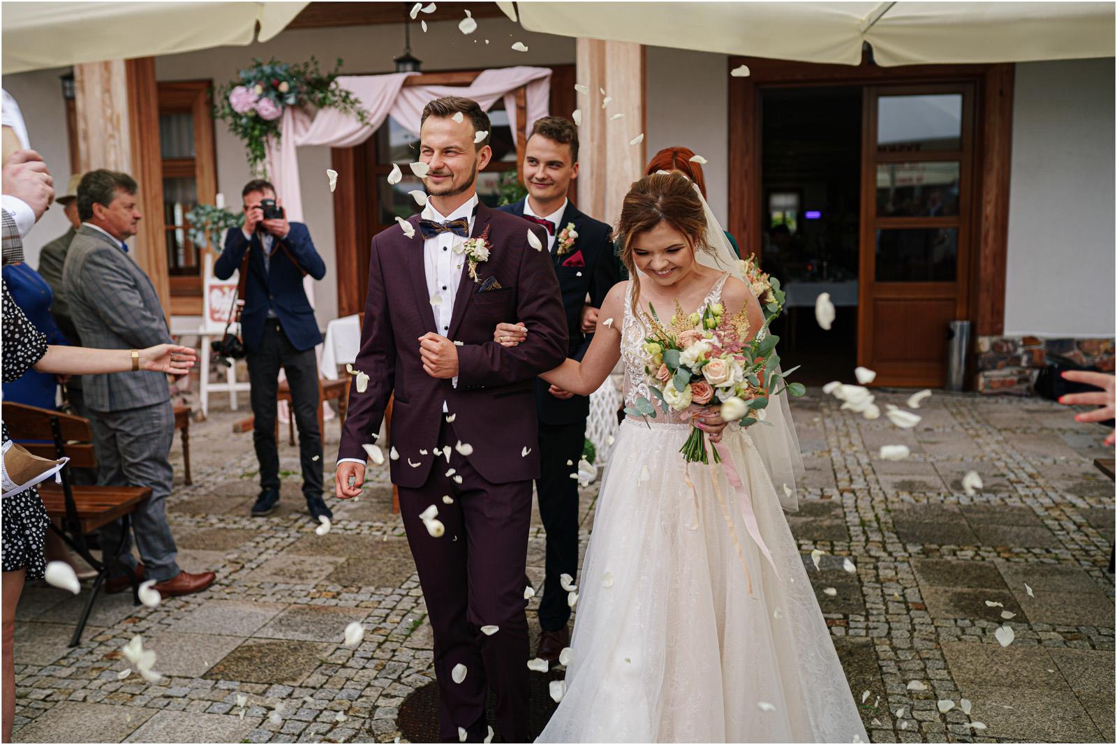 Kasia & Damian   ślub plenerowy w Kuźni Smaków i sesja w skansenie 40