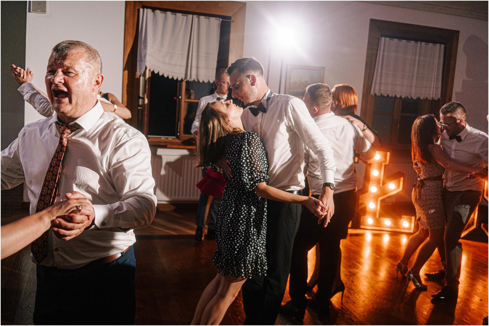 Kasia & Damian   ślub plenerowy w Kuźni Smaków i sesja w skansenie 99