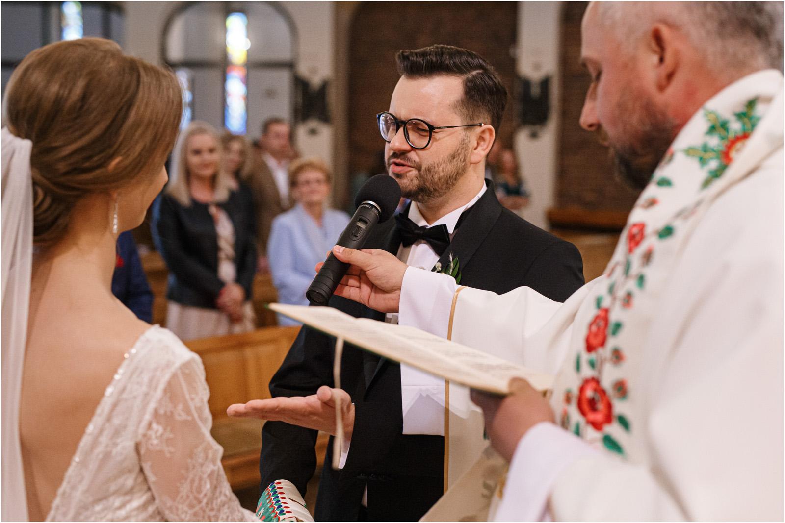 Asia & Andrzej | wesele artystów w Uroczysku 39