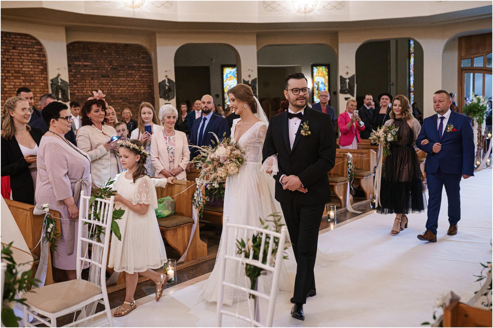 Asia & Andrzej | wesele artystów w Uroczysku 31