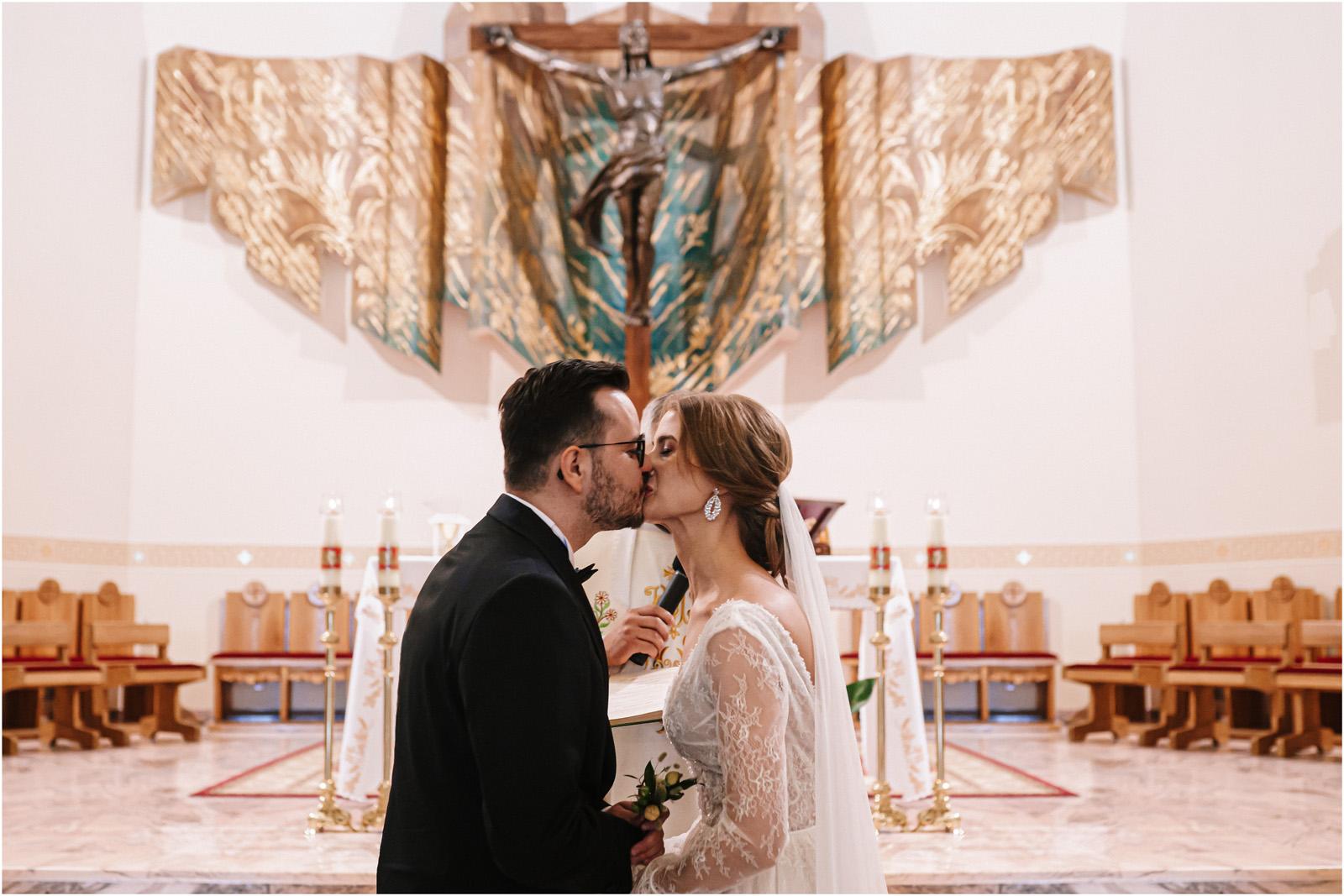 Asia & Andrzej | wesele artystów w Uroczysku 40