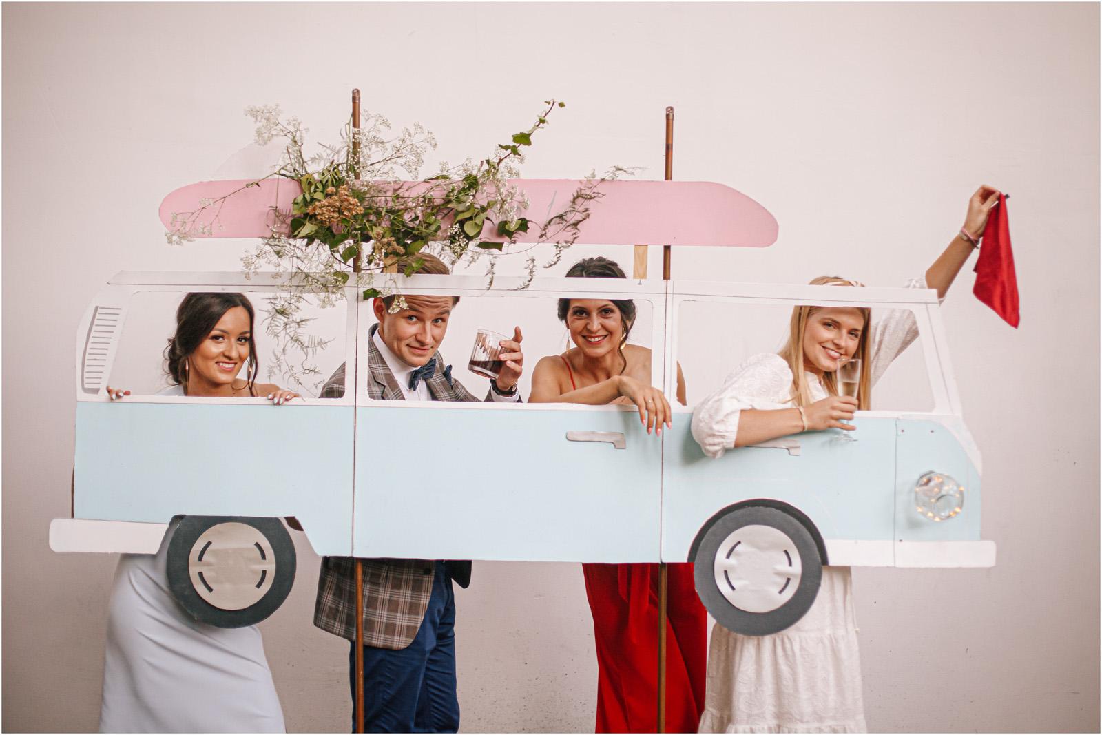 Ania & Mateusz | boho wesele w Stodole pod Kasztanami 103