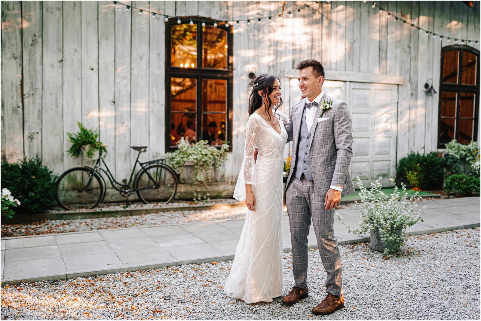 Ania & Mateusz | boho wesele w Stodole pod Kasztanami 91