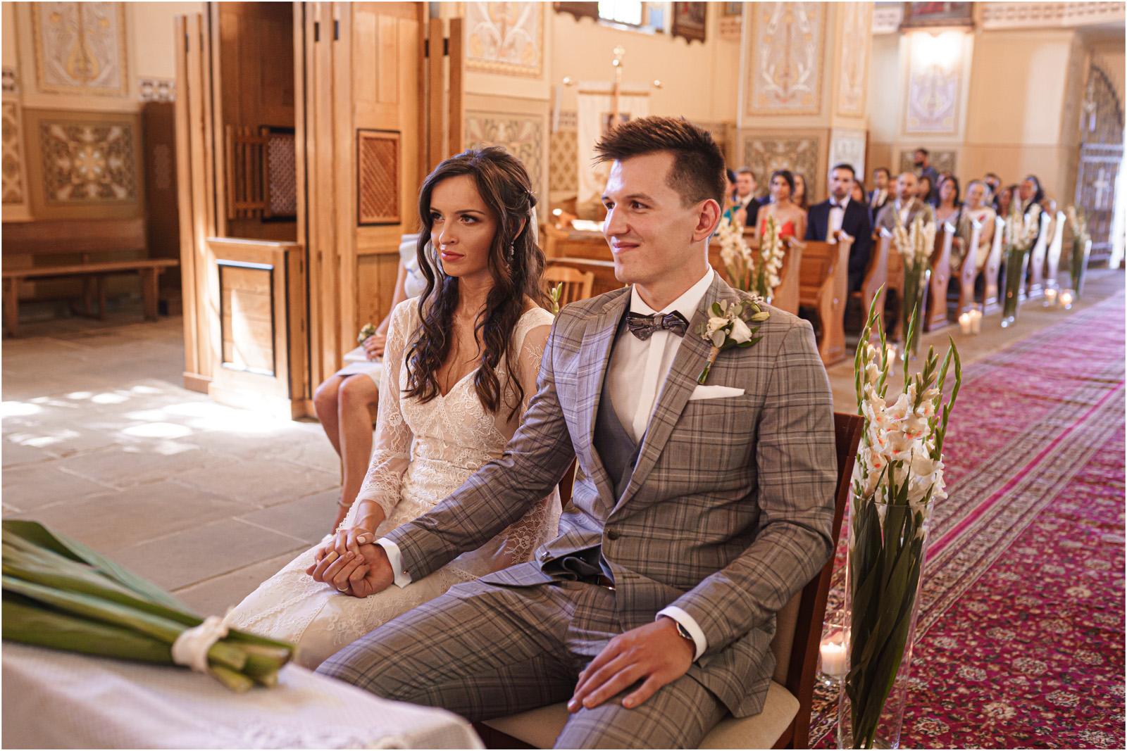 Ania & Mateusz | boho wesele w Stodole pod Kasztanami 43