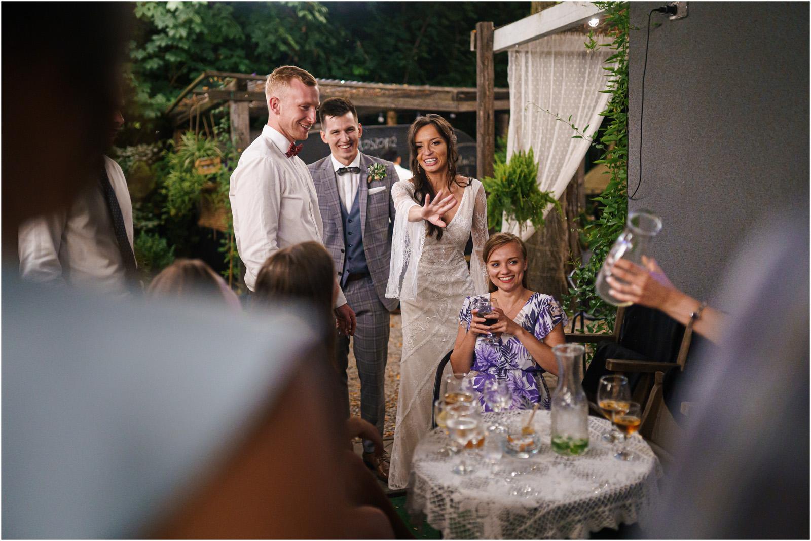 Ania & Mateusz | boho wesele w Stodole pod Kasztanami 129