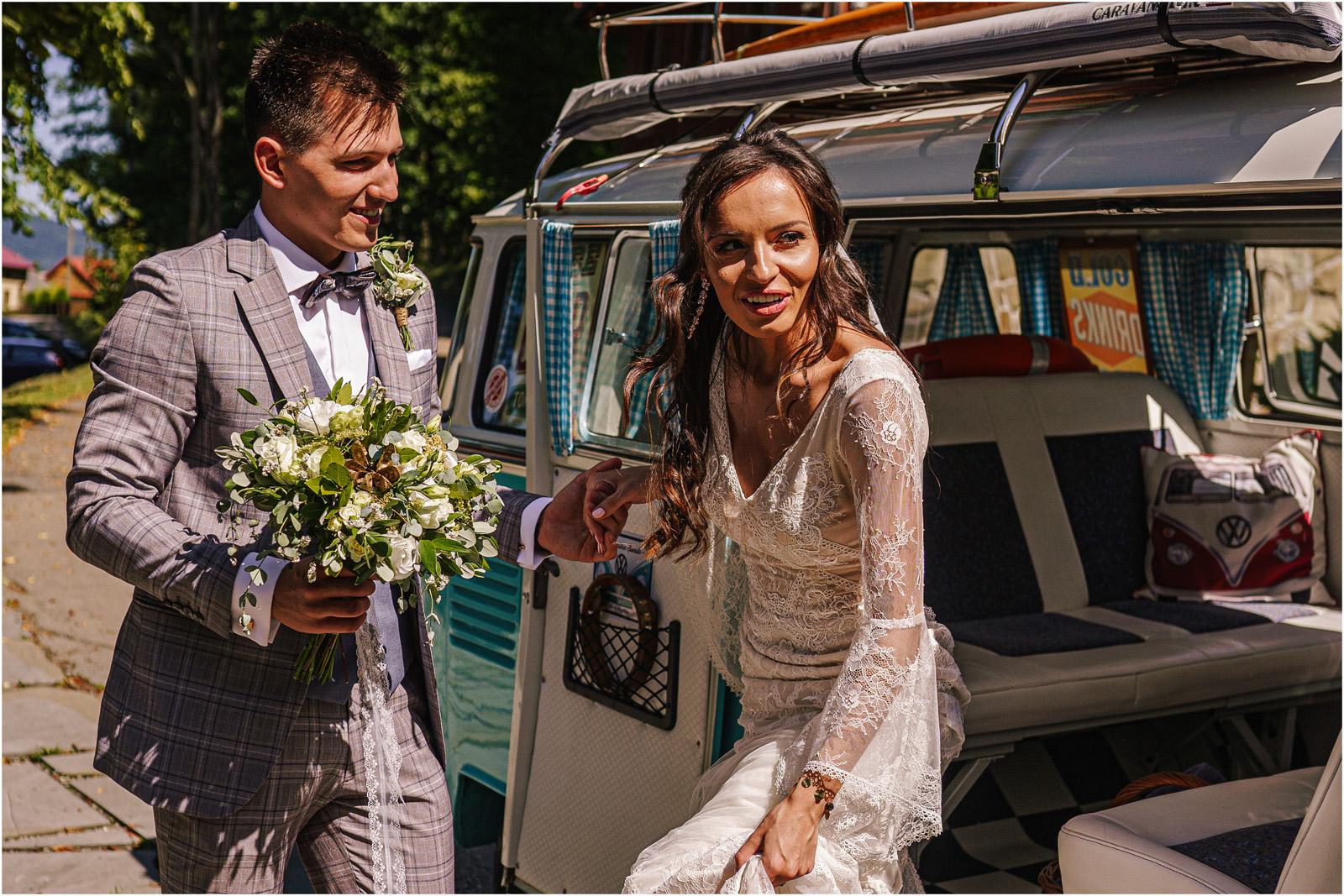 Ania & Mateusz | boho wesele w Stodole pod Kasztanami 31