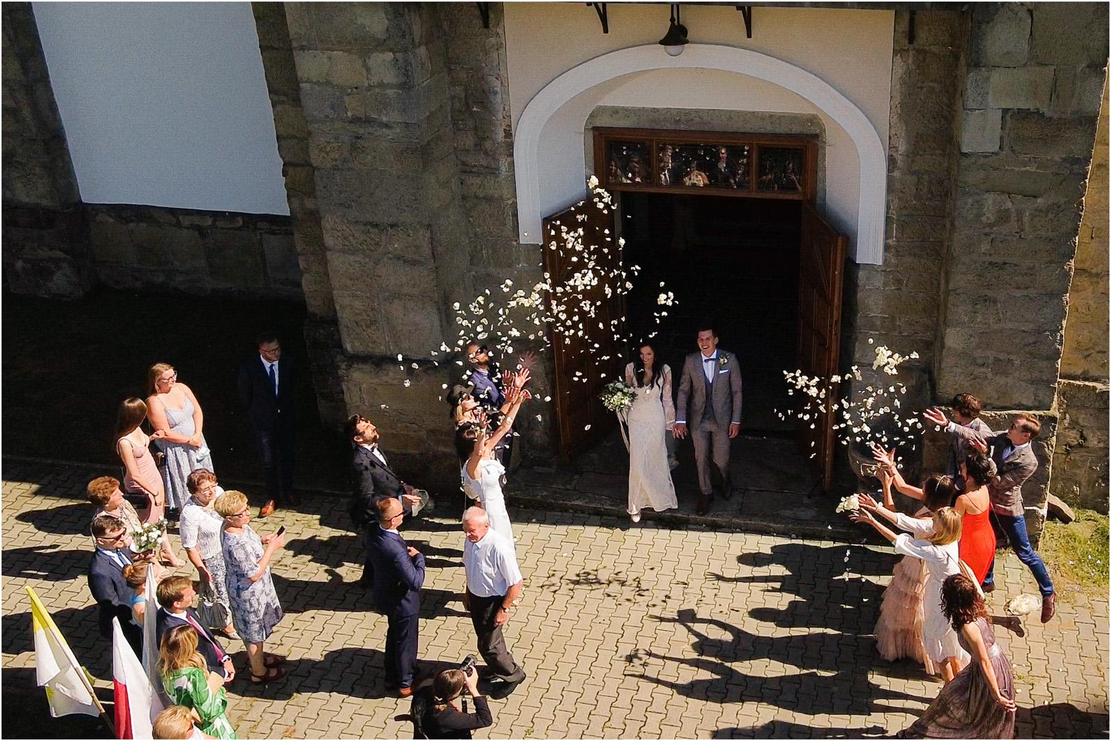 Ania & Mateusz | boho wesele w Stodole pod Kasztanami 48