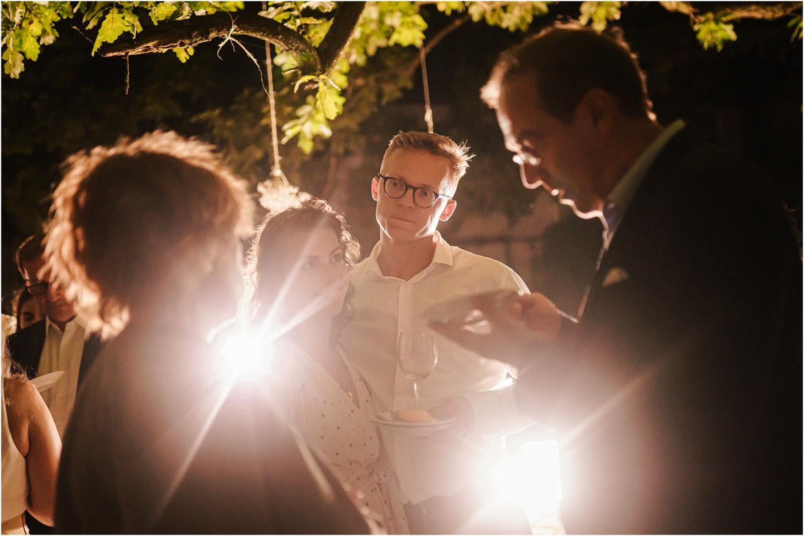 Justyna & Adrian | romantyczne wesele plenerowe w Jaworowym Dworze 134