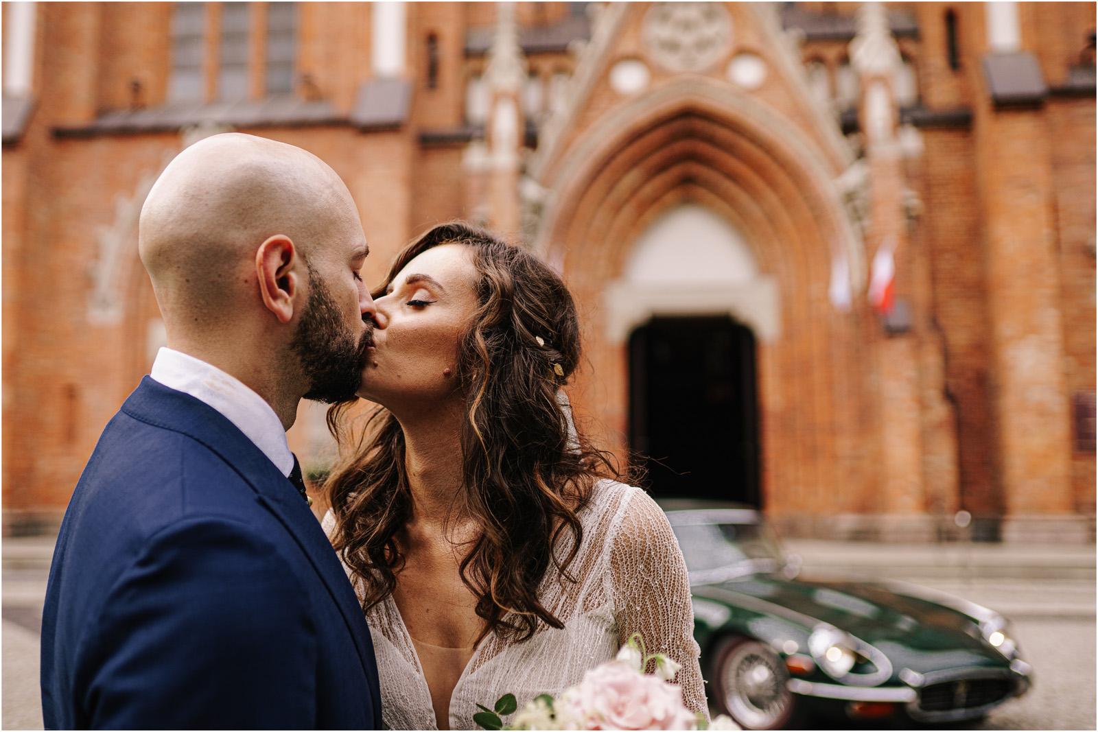 Justyna & Adrian | romantyczne wesele plenerowe w Jaworowym Dworze 47