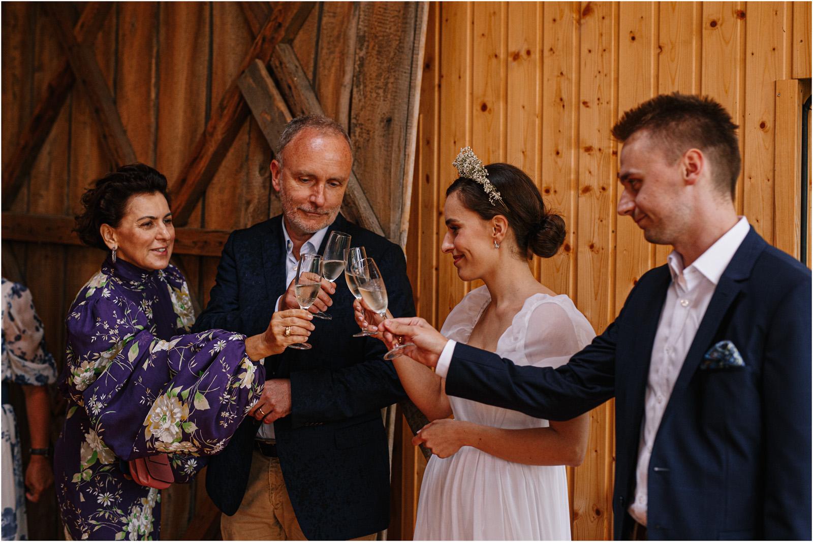 Karolina & Michał | wesele w stodole Dyrkowo 20
